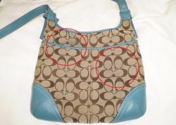 コーチのバッグにデニムの色が移った!